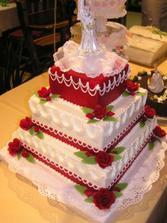 Táto torta sa naozaj vydarila... dokonca ladila s mojimi popolnočnými :-)