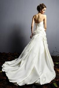 Moje svadobné šaty =) - Obrázok č. 3