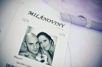 Manželé Milánovi a jejich noviny.. :-) Měli úspěch, zmizeli v mžiku!