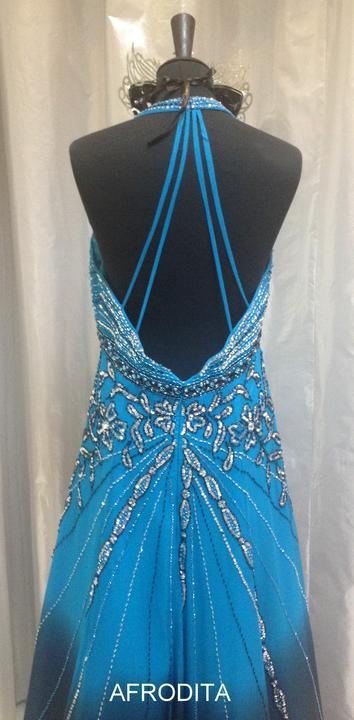 b8fcdb4232d1 Spoločenské a plesové šaty na rok 2014 - Plesová róba