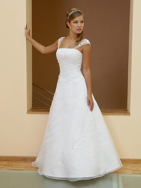 6f9290be61cc Svadobné šaty veľkosti 44-52