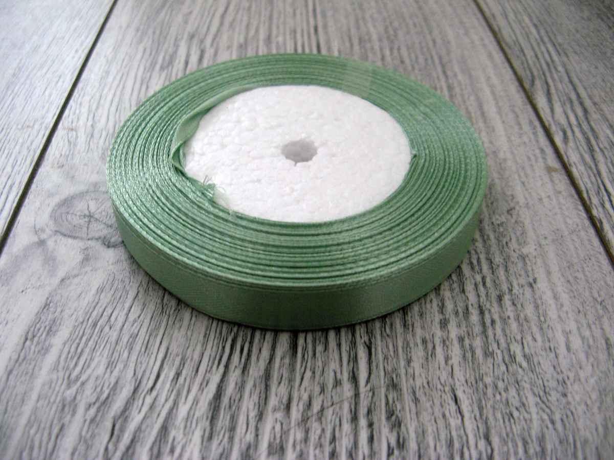 Saténová stužka zelená - Hemlock 12,5mmx32m - Obrázok č. 1