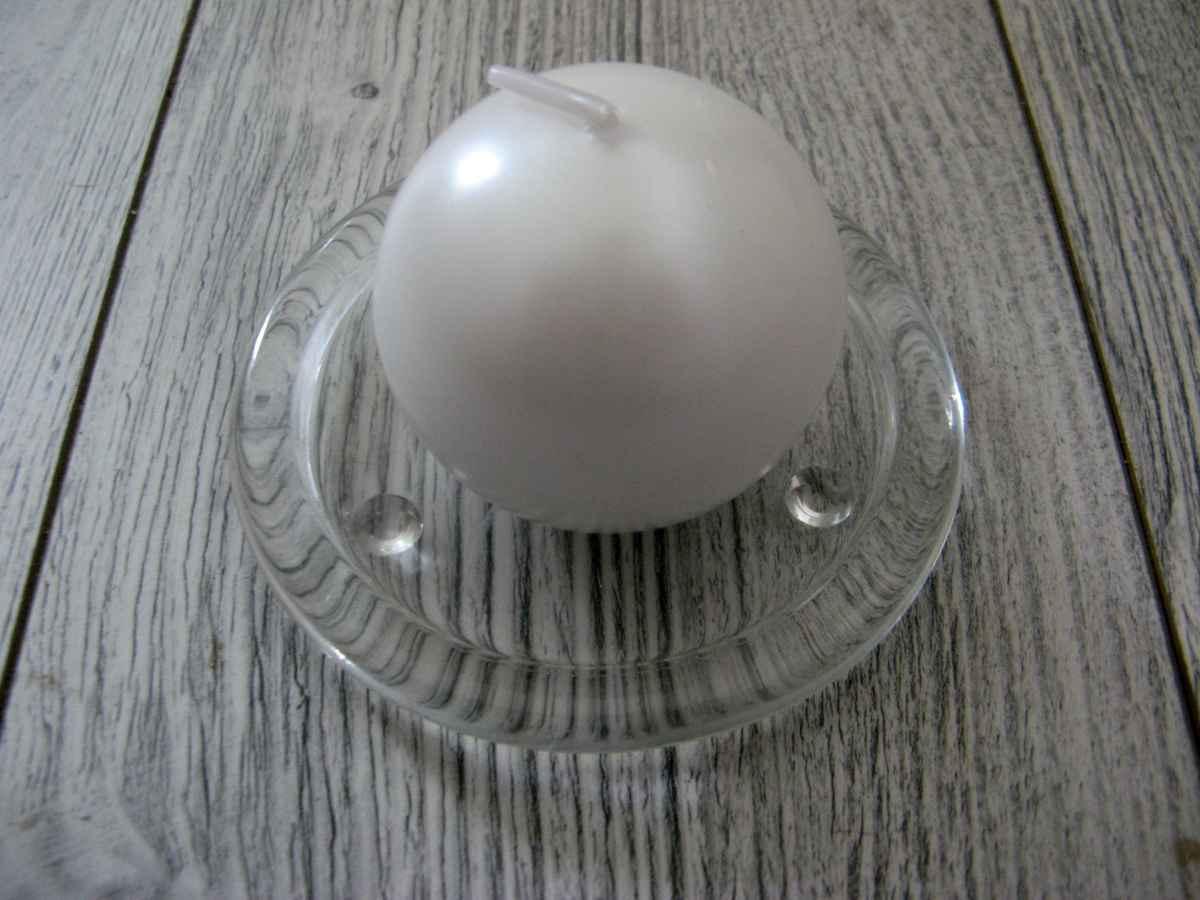 Sviečka guľa 6cm biela perleť - Obrázok č. 1