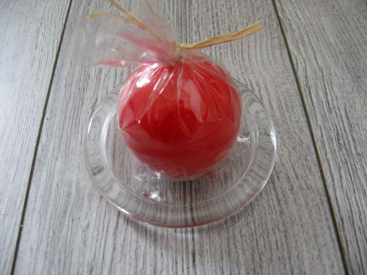 Sviečka guľa 6cm červená lakovaná - Obrázok č. 2