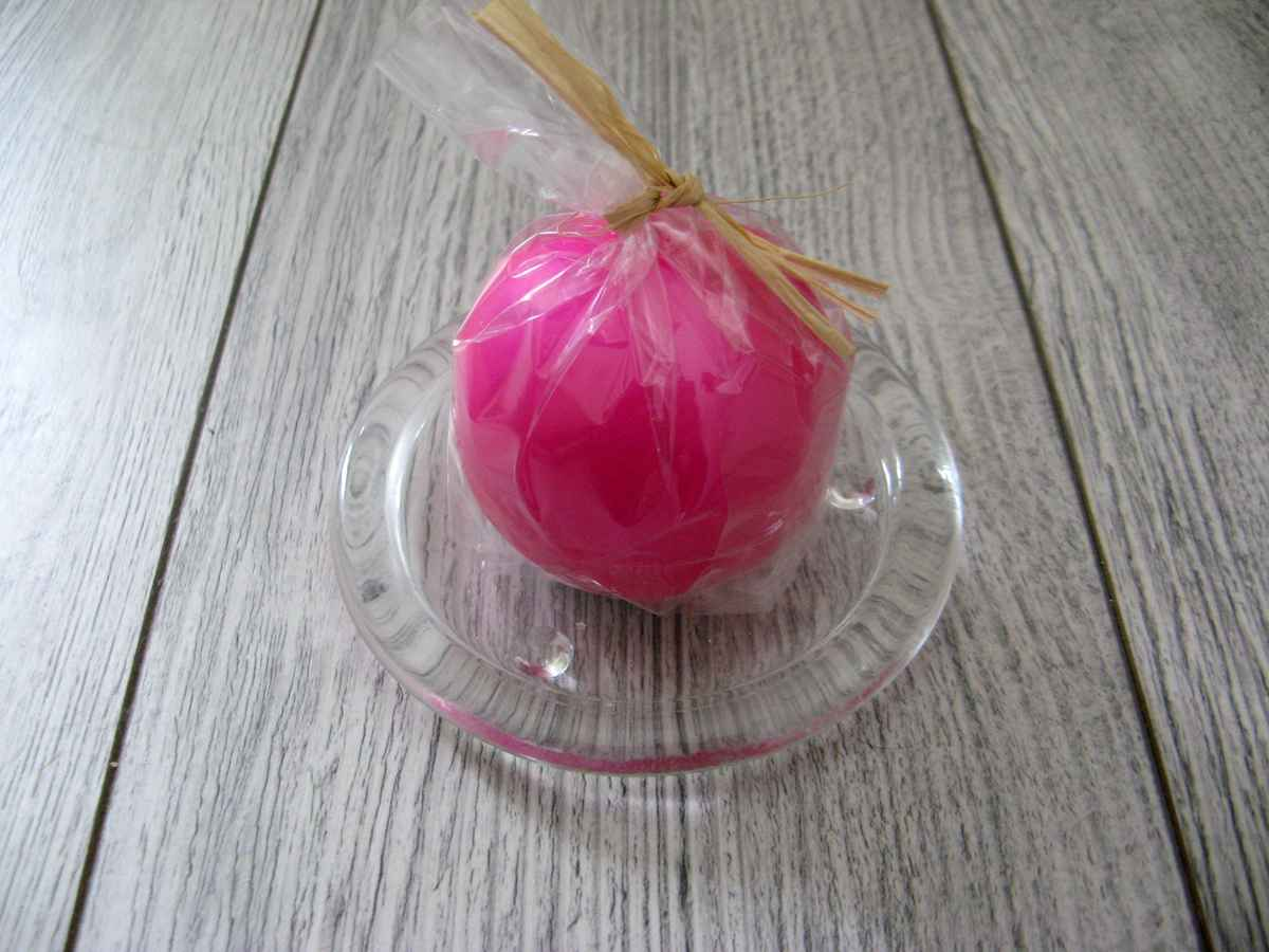 Sviečka guľa 6cm cyklámenová matná perleť - Obrázok č. 2