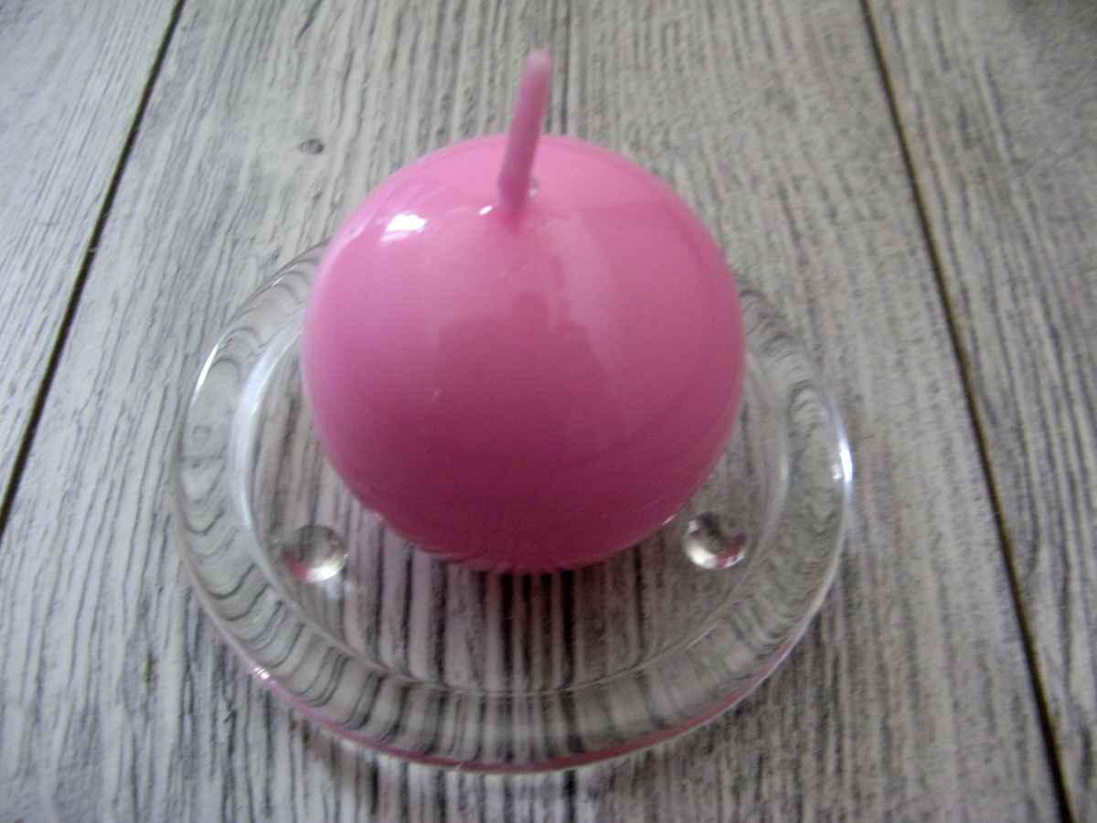 Sviečka guľa 6cm ružová lakovaná - Obrázok č. 1