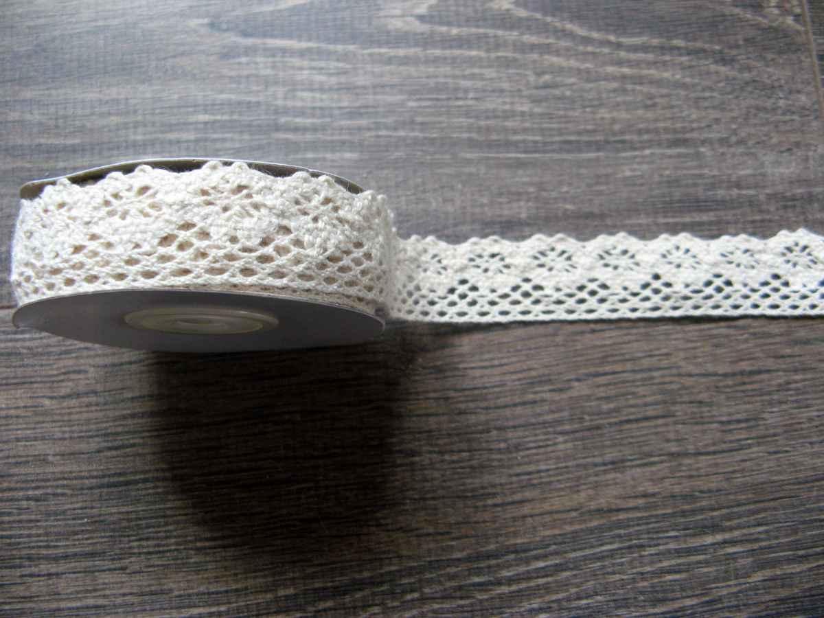 Bavlnená čipka krémová 25mmx4,5m - Obrázok č. 1