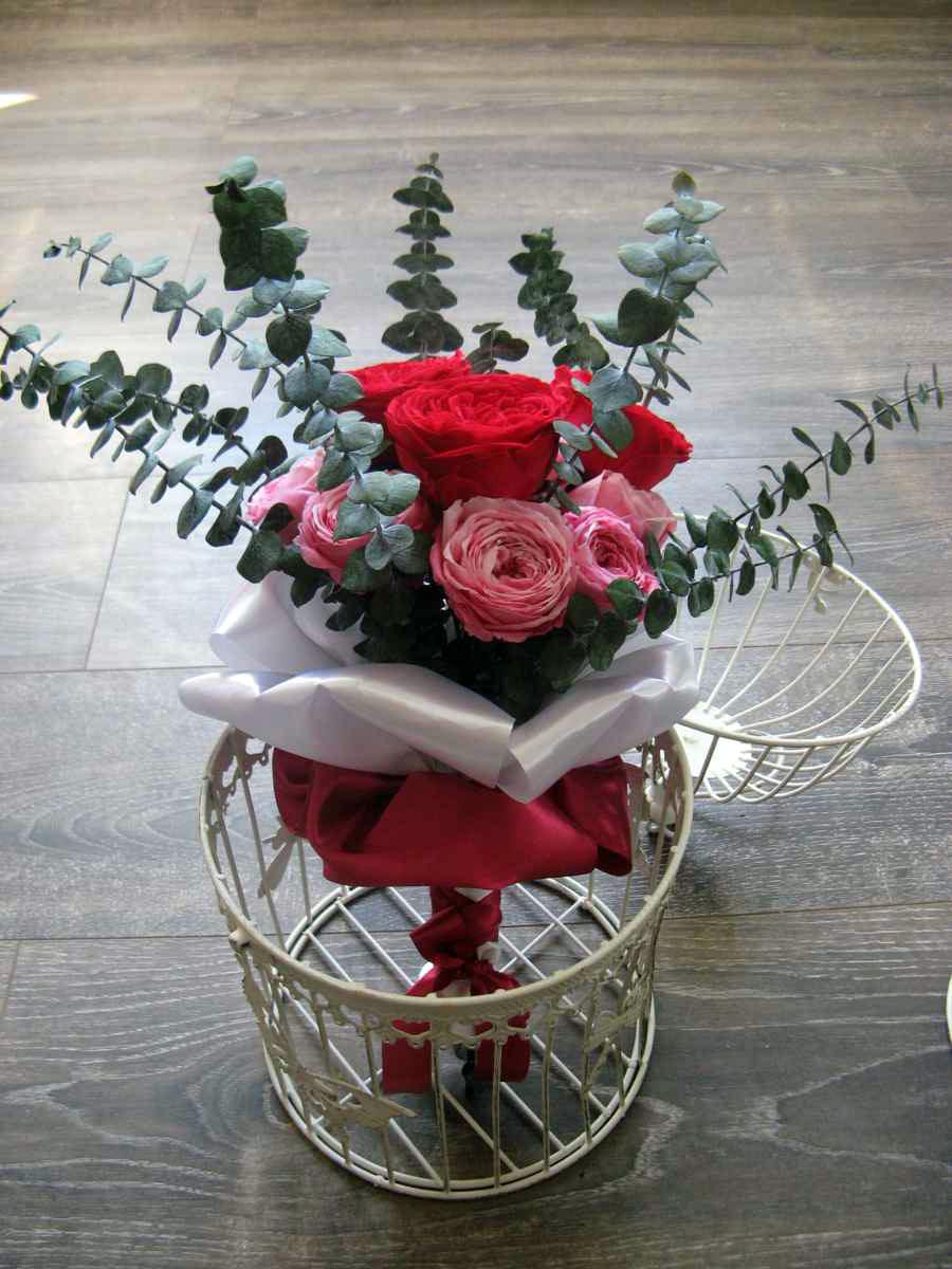Svadobná kytica zo stabilizovaných kvetov - Obrázok č. 1