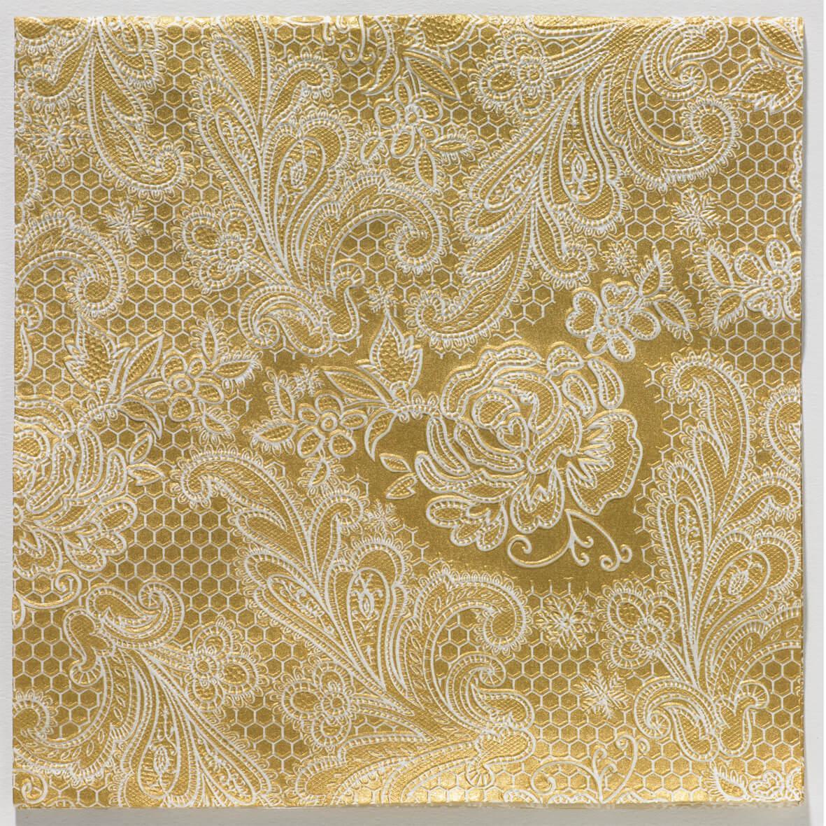 Reliéfne servítky s motívom čipky - zlatobiela - Obrázok č. 1
