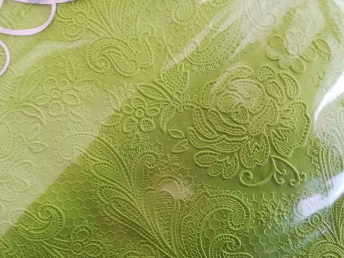 Reliéfne servítky s motívom čipky - trávovozelená - Obrázok č. 2