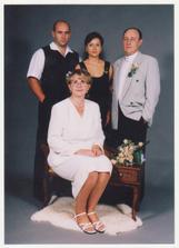 Naši svědkové měly svatbu  o rok a měsic spiš jako my