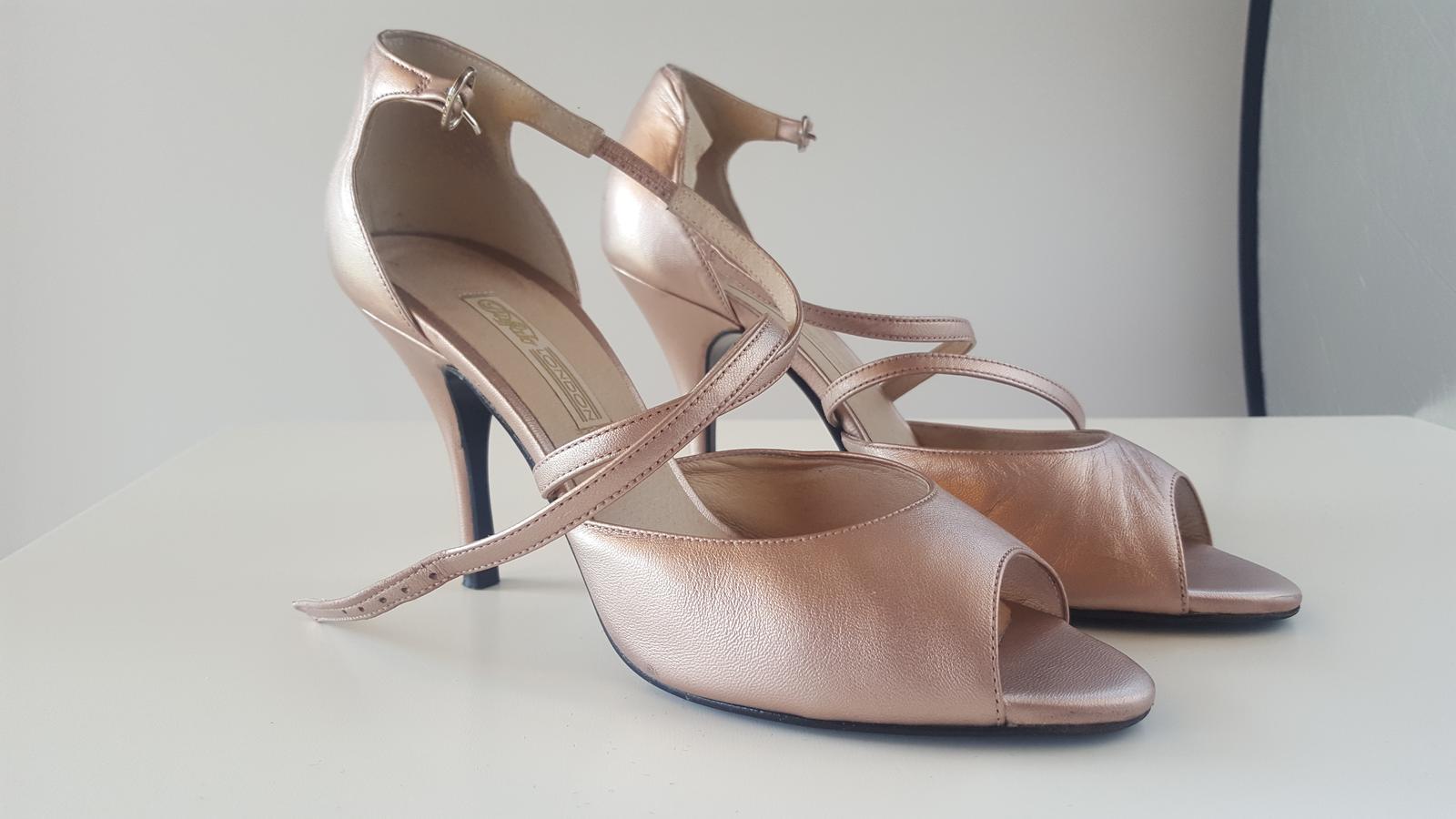 Luxusné spoločenské sandálky - Obrázok č. 1