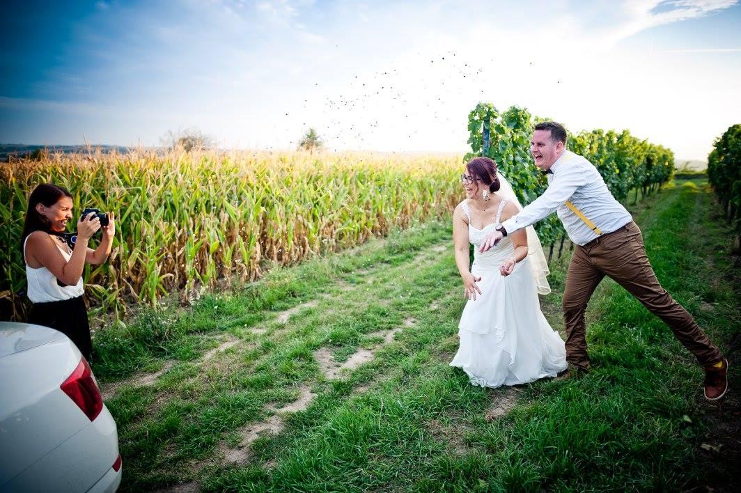 flamvideos - Focení ve vinohradě s rozjetými novomanželi. Miluju Jižní Moravu!