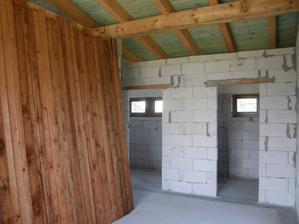 8.6.2016 Příprava materiálu na pochozí strop nad pokoji