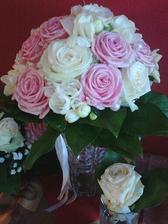 Svatební kytice nevěsty