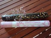 Vystřelovací konfety - bílé lístky růží,
