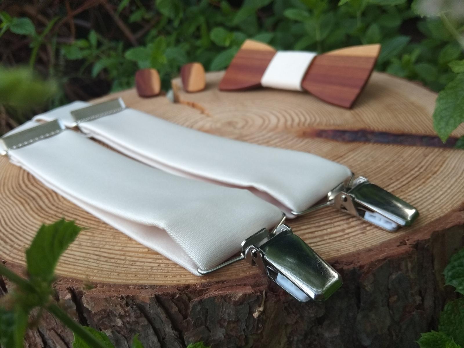 Pánsky drevený motýlik, manžetové gombíky a traky - Obrázok č. 3