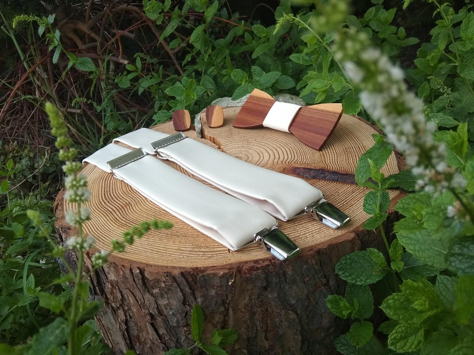 Pánsky drevený motýlik, manžetové gombíky a traky - Obrázok č. 4