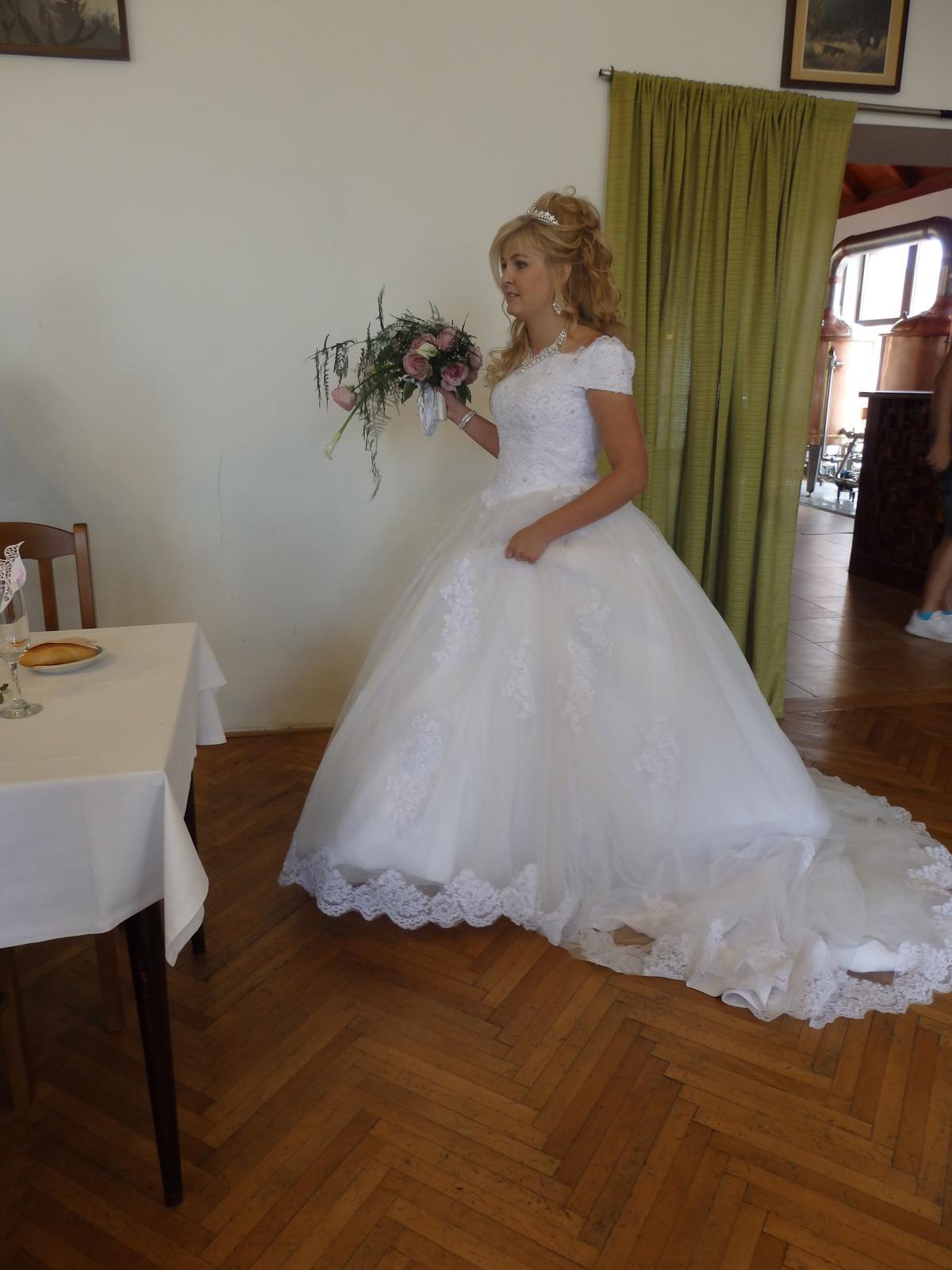Svatební šaty Vintage - Obrázek č. 2