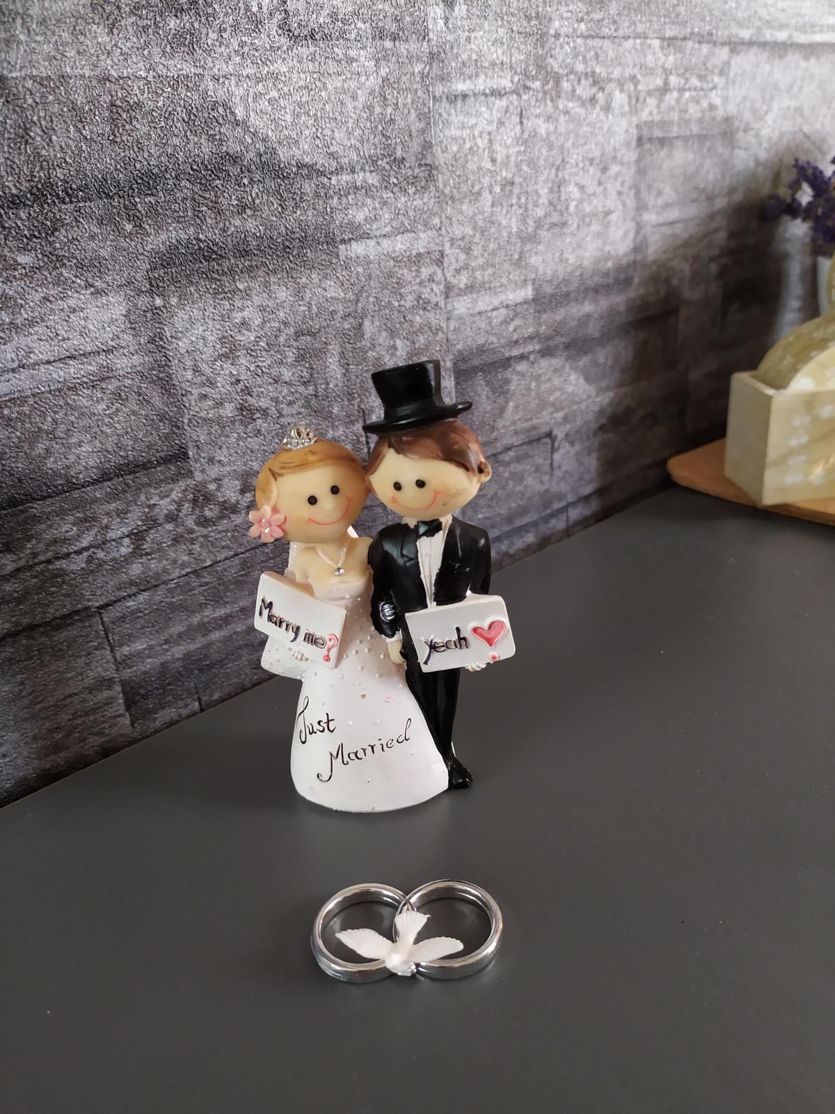 postavičky na tortu a prstienky - Obrázok č. 1
