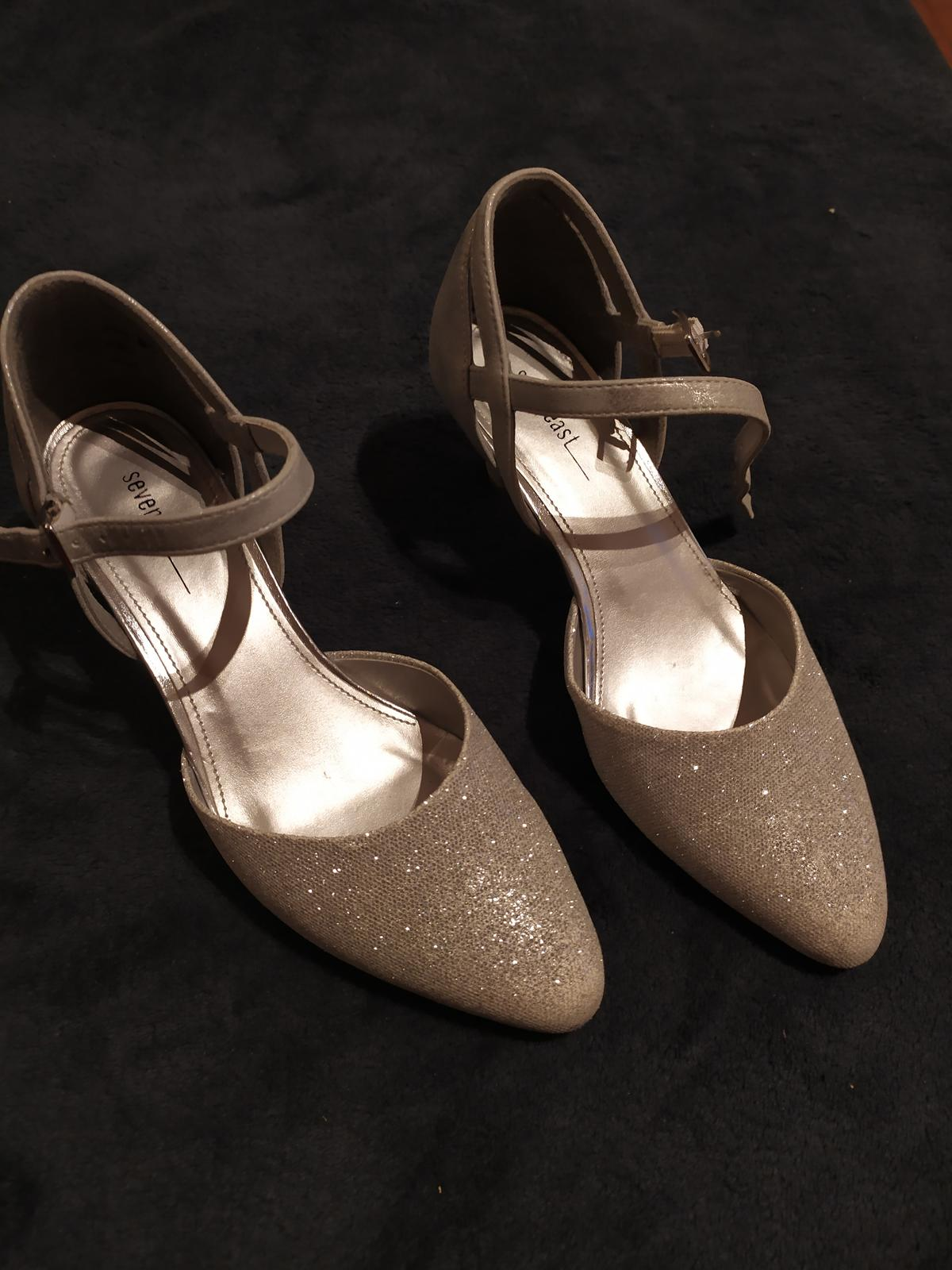 svadobné trblietavé topánky - Obrázok č. 1