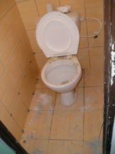 provizórne osadené WC