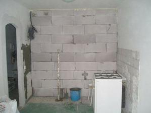 vystavaná nová stena