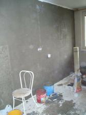 zapucovaná bočná stena