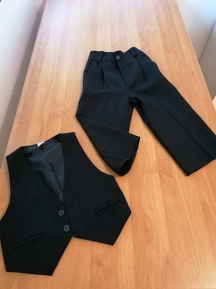 dětská (chlapecká) - společenská vesta a kalhoty - Obrázek č. 1
