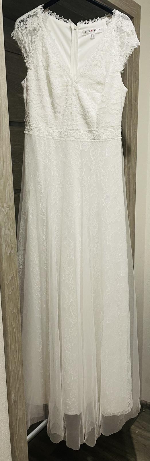 Popůlnoční nebo svatební šaty s krajkou vel. M - Obrázek č. 1
