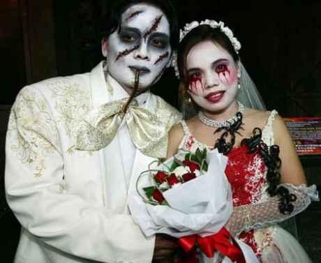 Goth wedding - trosku pozovania