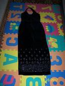 Čierne zamatové šaty, 42