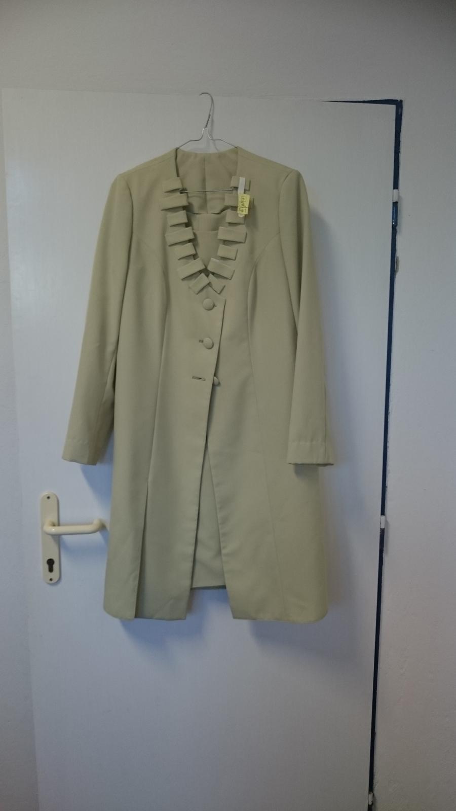 Svetlozelené šaty so sakom - Obrázok č. 1