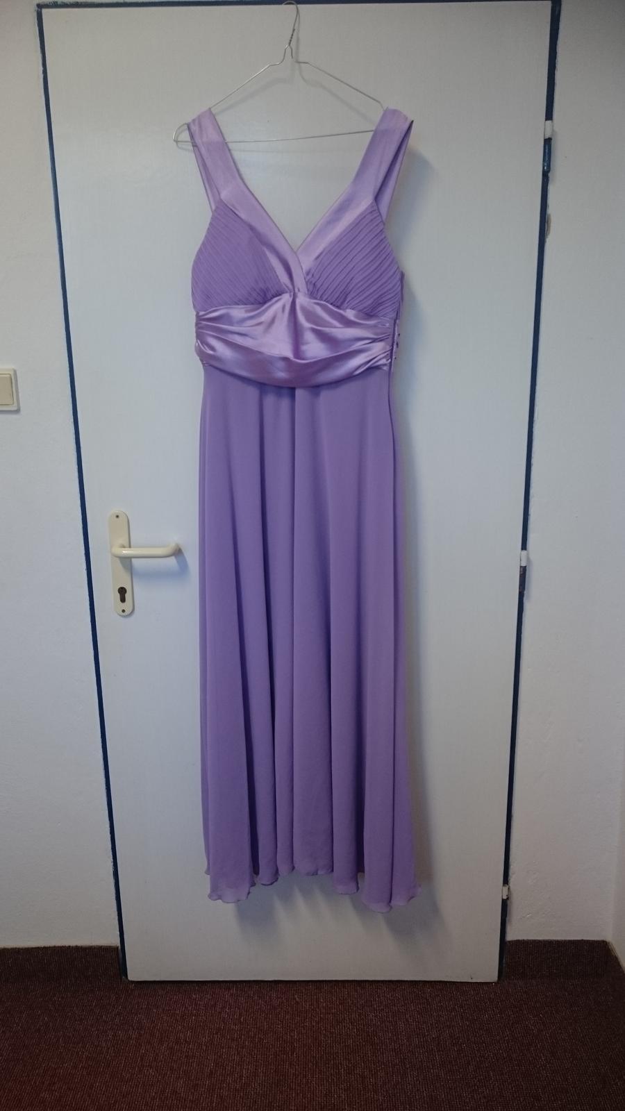 Fialové spoločenské šaty - Obrázok č. 1