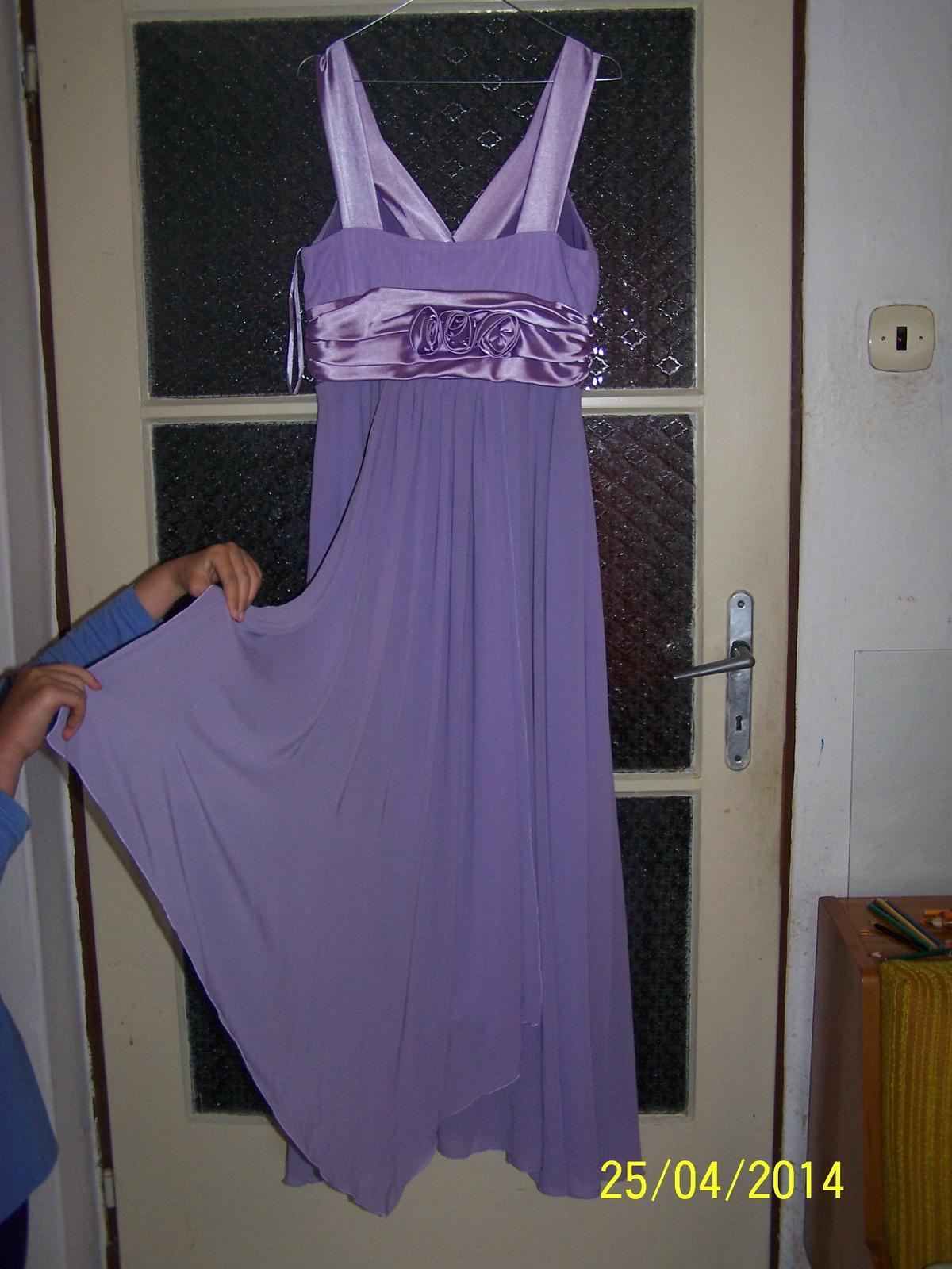 Fialové spoločenské šaty - Obrázok č. 4