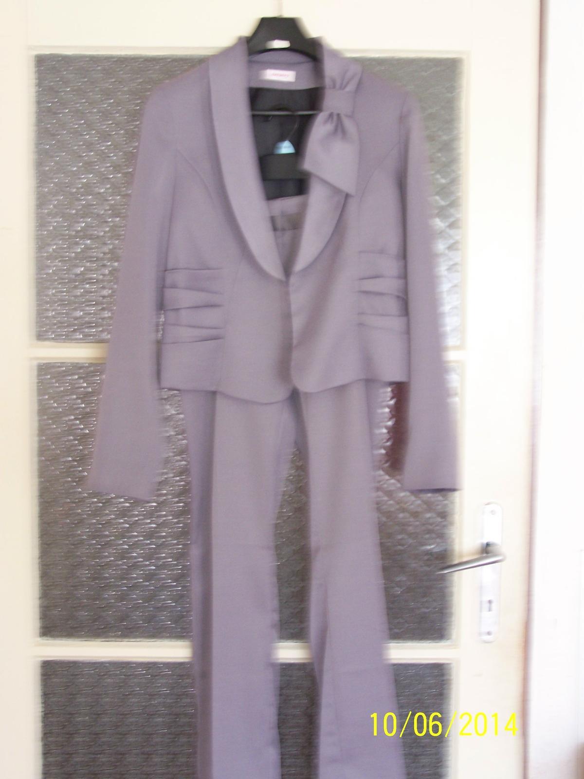 Nohavicovo-sukňový kostým - Obrázok č. 1