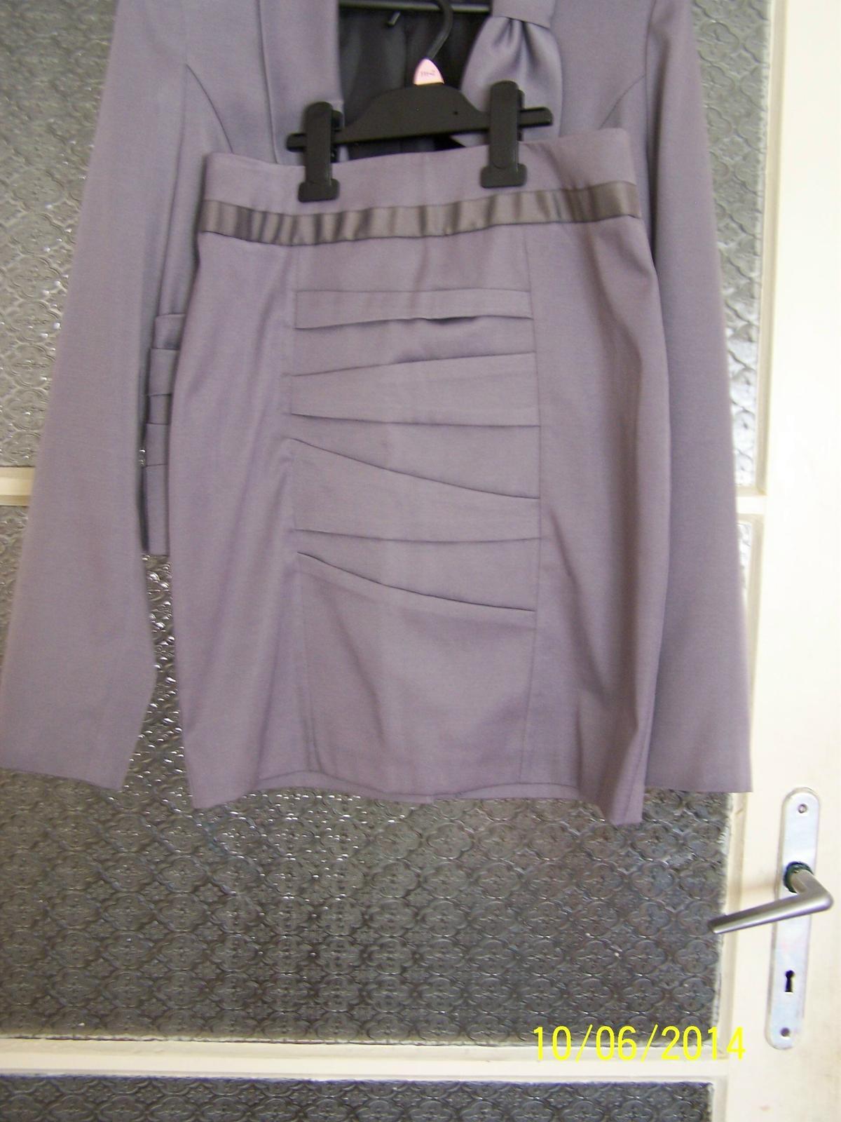 Nohavicovo-sukňový kostým - Obrázok č. 2