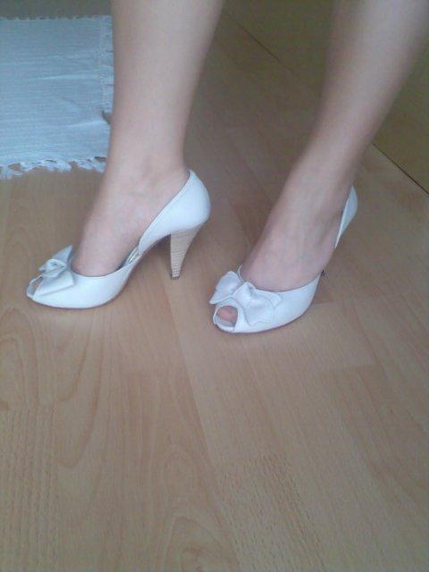 07.07.07 - konecne nieco ine ako ta klasika, inak som chcela sandale...