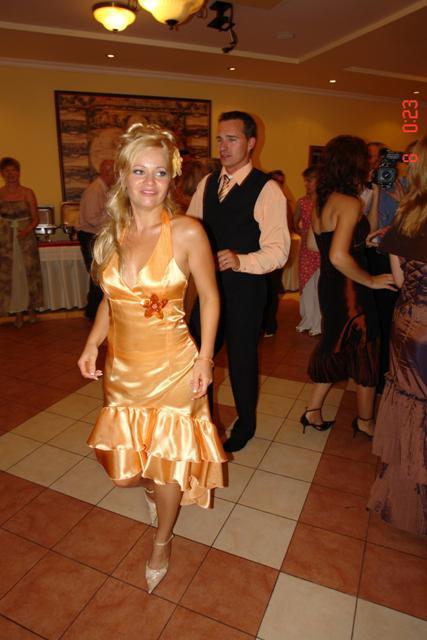 Macka{{_AND_}}Jožko - polnočné šaty