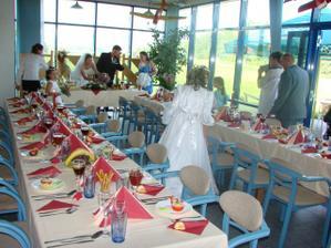 Svatební tabule pro 46 hostů..