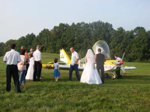Jako svatební dar jsme od Ondry dostali let nad Orlovou..