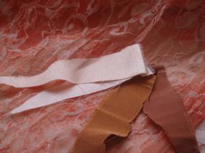 ...varianty látek na spodní korzetové šaty...