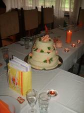 ...vysněný dortík na stole...na nedělní oslavě 12.8.2007
