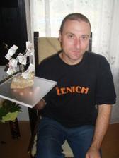 ...Milaňo s jedním s originálně naaranžovaných darů...