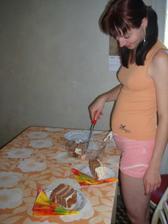 ... pochutnání  při oslavě 1. výřočí, dortík byl jako ve svatební den (schovaný v mrazu)