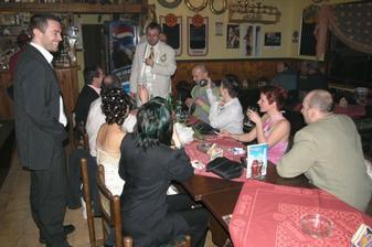 Únos nevěsty - velice levný, ženich dorazil během 10 min, v Nebanicích