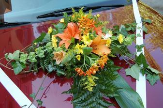 květina auto nevěsta