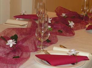 takto bude vypadat stůl,ale v růžovém
