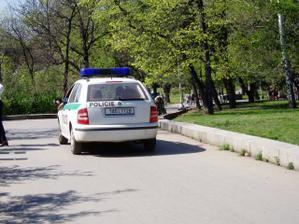 Tak takhle se prosím u nás jezdí po cyklistické stezce;o)