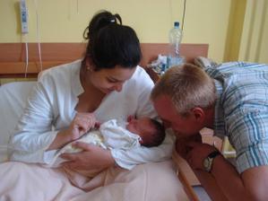 Tak už jsme rodina..25.9.2008 se nám narodila krásná dcera Nikolka